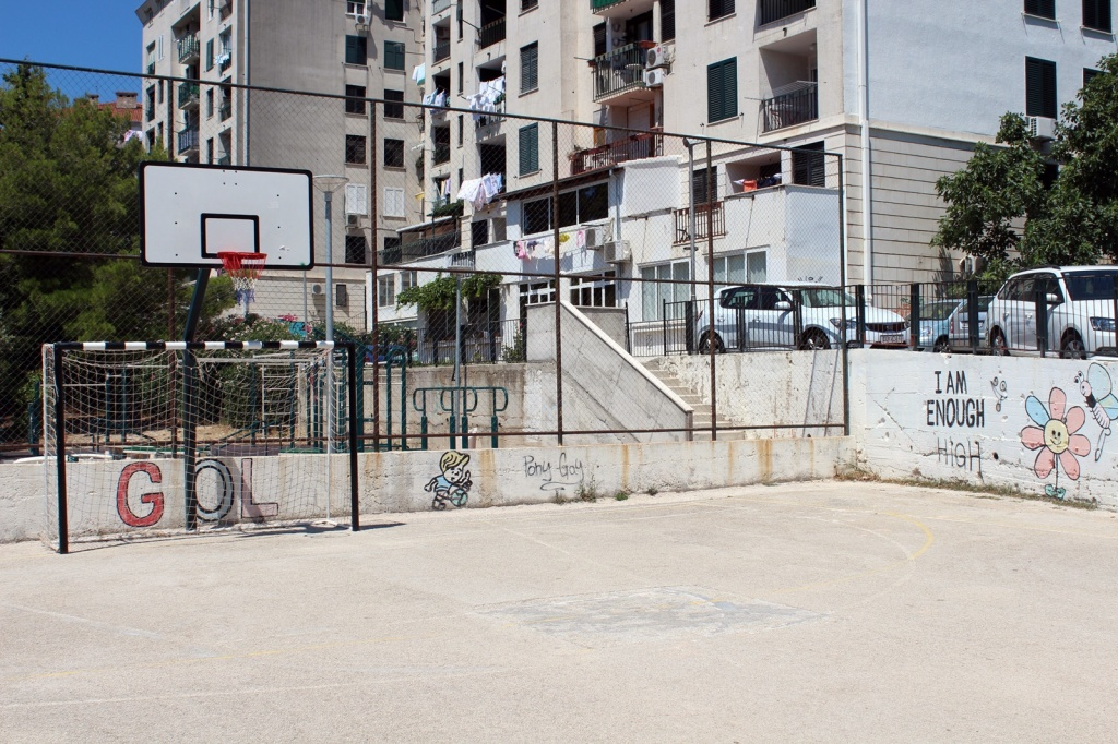 Započinju radovi na uređenju igrališta za male sportove u Novoj Mokošici
